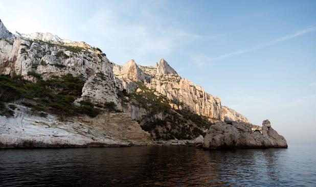 Location-swan65-bateau-marseille-26